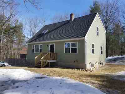 Hooksett Single Family Home Active Under Contract: 85 Goffstown Road