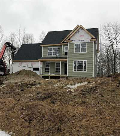 Strafford County Single Family Home For Sale: 16 Chestnut Way #Lot 8