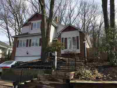 Manchester Single Family Home For Sale: 25 Bruce Road