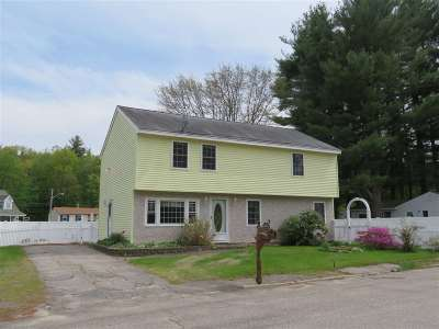 Exeter Single Family Home For Sale: 5 Blanche Lane