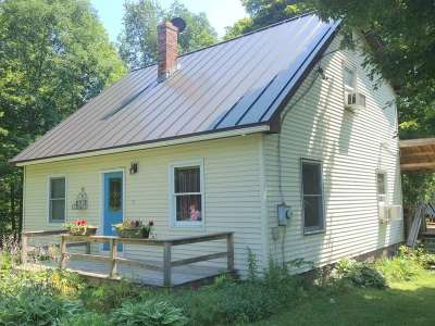 Newbury VT Single Family Home Sold: $158,000