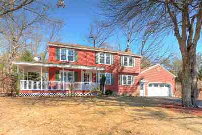 Londonderry Single Family Home For Sale: 18 King George Drive