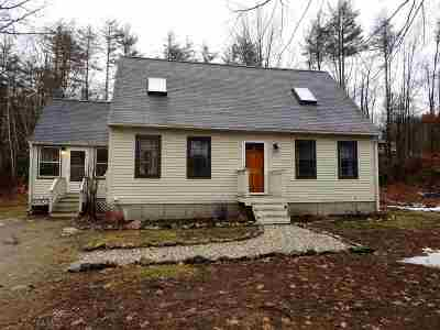 Raymond Single Family Home Active Under Contract: 2 Huckleberry Road