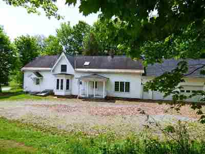 Orleans County Single Family Home For Sale: 2706 Route 5 Route