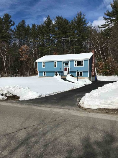 Londonderry Single Family Home Active Under Contract: 5 Fairway Road