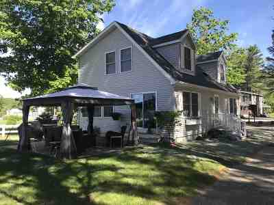Meredith Single Family Home For Sale: 43 Pleasant Street #1