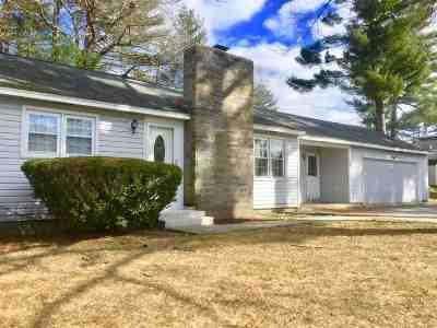 Nashua NH Single Family Home For Sale: $234,900