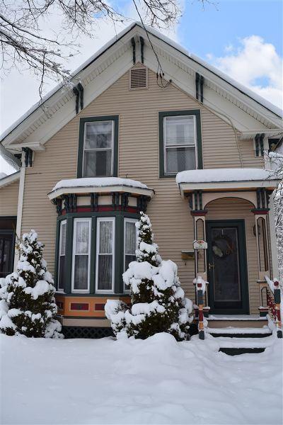 St. Albans City VT Single Family Home For Sale: $219,900