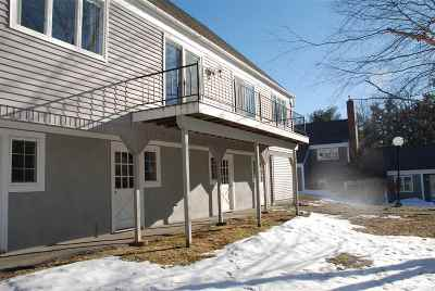 Merrimack County Condo/Townhouse For Sale: 11 Hilltop Place