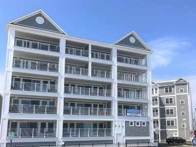 Condo/Townhouse For Sale: 377 Ocean Boulevard #14B