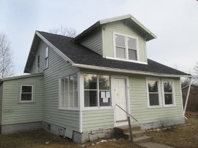 Manchester Single Family Home For Sale: 75 Tarbell Street
