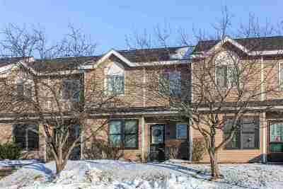 South Burlington Condo/Townhouse For Sale: J-11 Stonehedge Drive #11