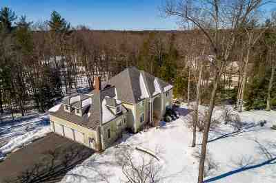 Stratham Single Family Home For Sale: 19 Patriots Road