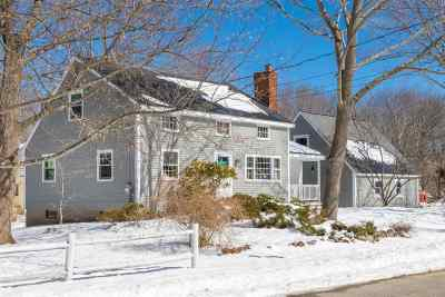 Hampton Single Family Home Active Under Contract: 9 Bradstreet Road