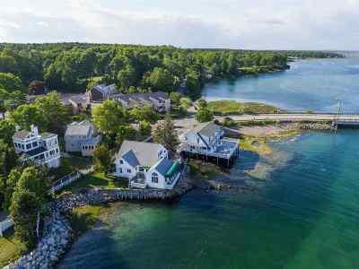 Ogunquit Single Family Home For Sale: 64 Beach Street