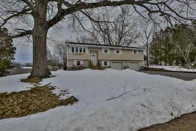 Salem Single Family Home Active Under Contract: 6 Hickory Lane
