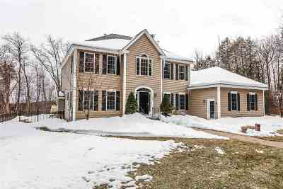 Bedford Single Family Home For Sale: 560 New Boston Road