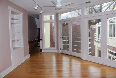 Concord Condo/Townhouse For Sale: 6e-8 Hills Avenue