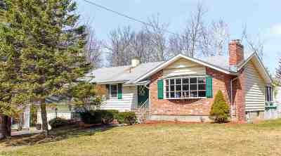 South Burlington Single Family Home For Sale: 30 Imperial Drive