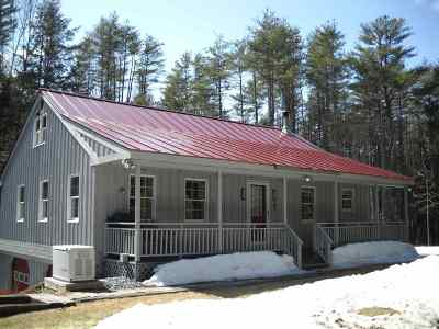 Orford Single Family Home Active Under Contract: 2895 Route 25a Highway
