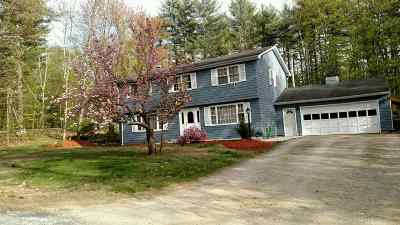 Bedford Single Family Home For Sale: 31 West Drive