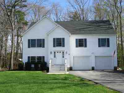 Seabrook Single Family Home For Sale: 5 Becky's Way