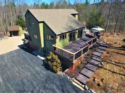 Carroll County Single Family Home For Sale: 75 Ossipee Lake Road
