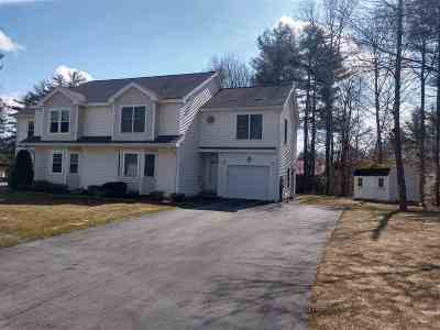 Seabrook Single Family Home For Sale: 17 Goulds Way