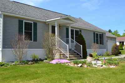 Tilton Single Family Home For Sale: 7 Timberline Drive