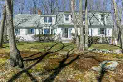 Strafford County Single Family Home Active Under Contract: 19 Colony Cove Road
