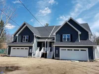 Salem Single Family Home For Sale: 55a Park Avenue