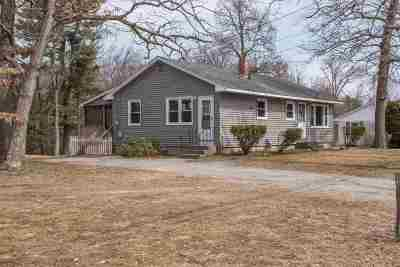 Hudson Single Family Home For Sale: 84 Highland Street