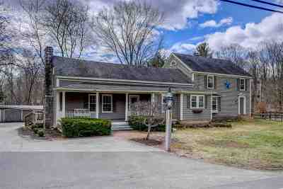 Bedford Single Family Home For Sale: 52 N Amherst Road