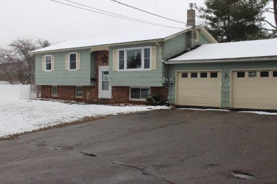 South Burlington Multi Family Home Active Under Contract: 108 Logwood Street