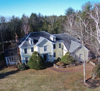 Single Family Home For Sale: 12 Cotton Farm Lane