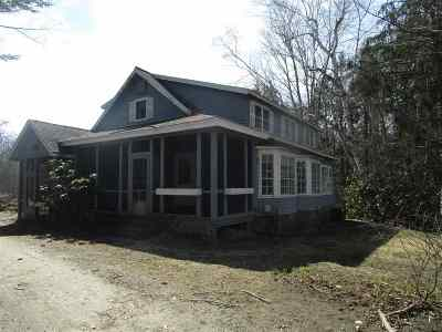 Laconia Single Family Home For Sale: 43 White Oaks Road