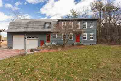 Hampton Falls Single Family Home For Sale: 25 East Road