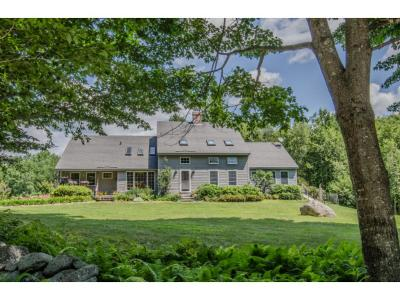 Merrimack County Single Family Home For Sale: 674 Murray Hill Road