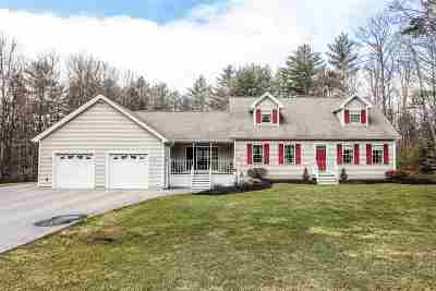 Strafford County Single Family Home For Sale: 141 Great Pine Circle