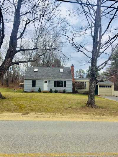 Strafford County Single Family Home For Sale: 83 Hayes Road