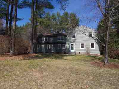 Merrimack Single Family Home For Sale: 5 Dray Coach Court