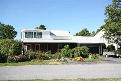 St. Albans City Single Family Home For Sale: 12 Forest Hill Drive