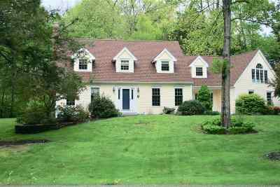 Stratham Single Family Home For Sale: 22 Winding Brook Drive