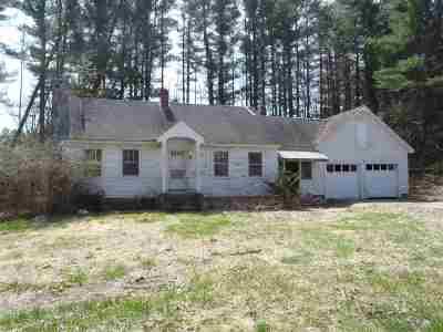 Hooksett Single Family Home For Sale: 18 Benton Road