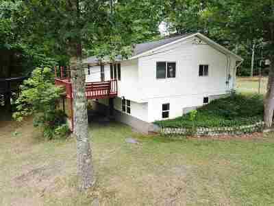 Bradford Single Family Home For Sale: 1621 Fairground Rd Drive