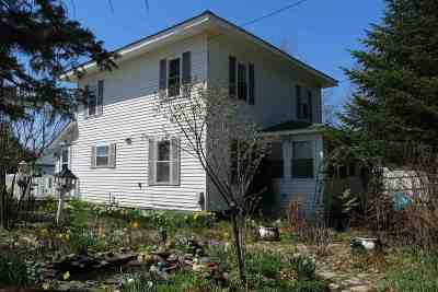 Enosburg Single Family Home For Sale: 363 Dickinson Avenue
