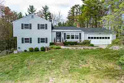 Merrimack Single Family Home Active Under Contract: 5 Woodhaven Circle