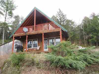 Caledonia County Single Family Home For Sale: 456 Paradise Way #Moose La