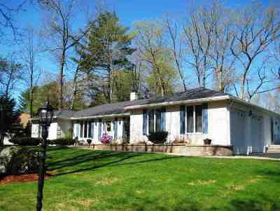 Salem Single Family Home Active Under Contract: 25 Woodmeadow Drive