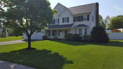 Essex Single Family Home For Sale: 7 Whitcomb Meadows Lane